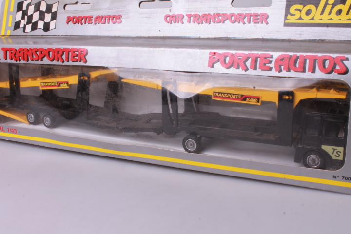 *1/43 Solido 7006 Auto Transporter black/yellow